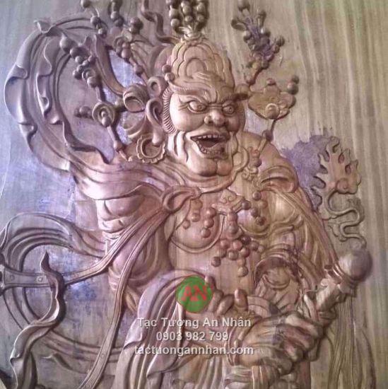 Tranh gỗ phù điêu